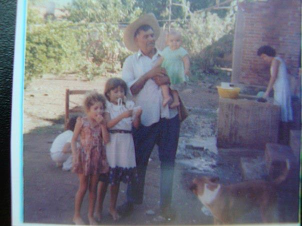 ana in the middle with cousin, uncle, sister